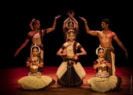 Sreyashi Dey, Ishika Rajan, Kritika Rajan, Vertika Srivastava, Krithika Rajkumar, Sathish Mohan